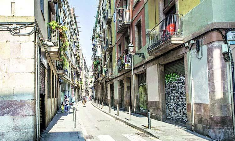 El passat obrer i social del carrer de la Riereta