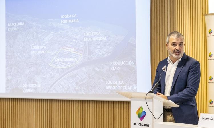 Collboni presumeix de nous projectes per a la ciutat i nega cap decadència