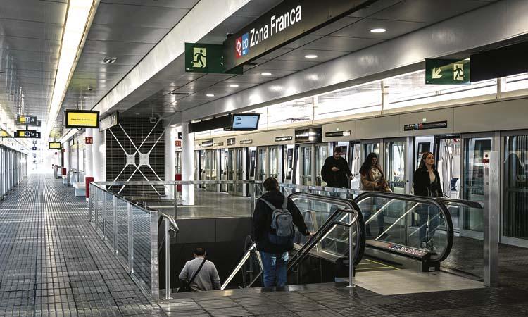 La Zona Franca ja gaudeix de la línia 10 Sud del metro