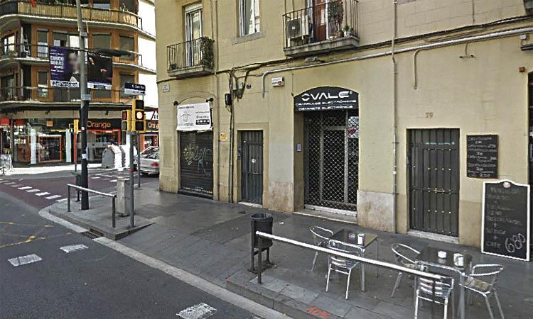 """Lluís Llanas, de Creu Coberta: """"Tenim 33 botigues tancades"""""""
