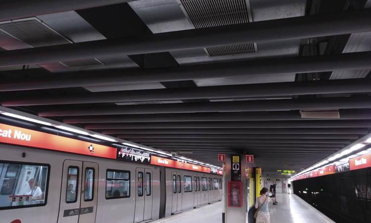 El metro millorarà la ventilació per prevenir els contagis de coronavirus