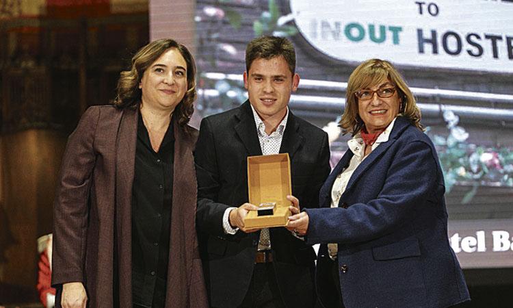 Jordi Llorach i l'INOUT Hostel Barcelona, Medalles d'Honor