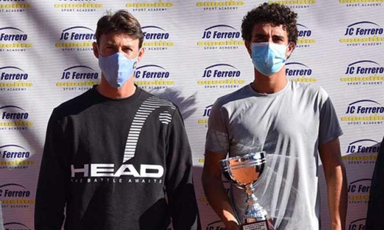 Martín, del CT Barcino, guanya l'ITFde Villena