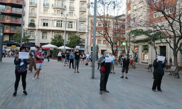 """Manifestació a la plaça Bonanova al crit de """"recuperem els carrers"""""""