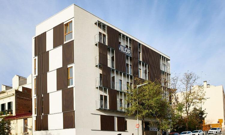 Acabats els 13 pisos socials de la Via Augusta