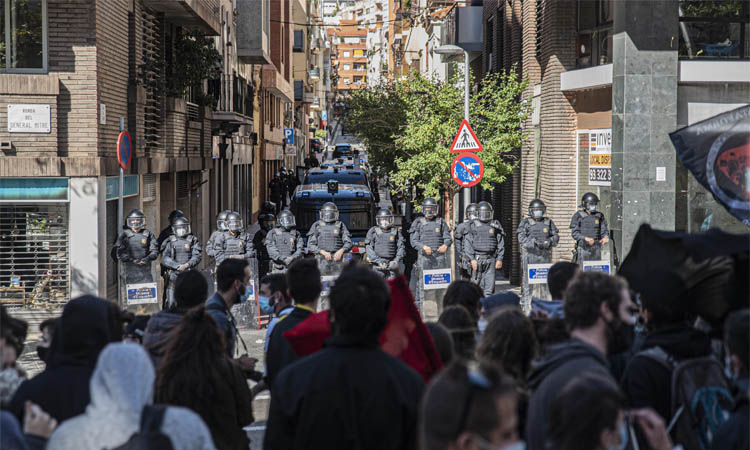 Nova protesta antifeixista contra el Club Empel i Vox