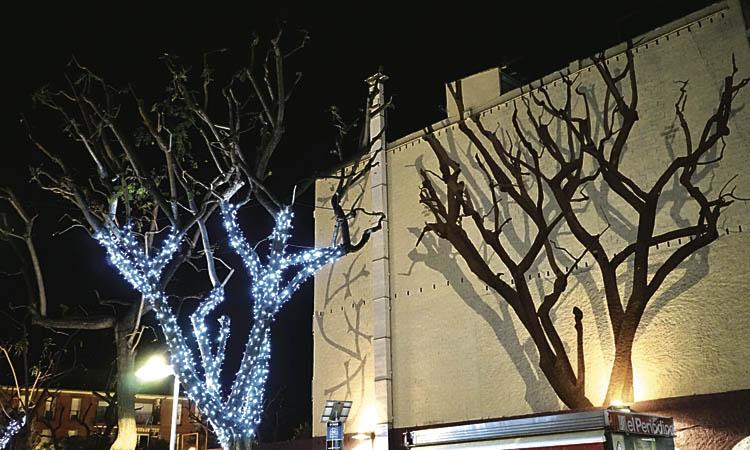 Encesa dels llums de Nadal al Centre i les Planes de Sant Joan