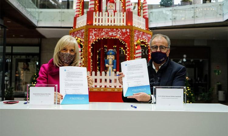 El centre comercial Finestrelles paga la il·luminació nadalenca d'Esplugues