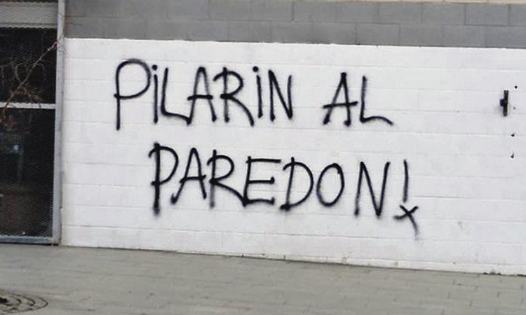Pilar Díaz denuncia als Mossos la pintada on l'amenacen de mort