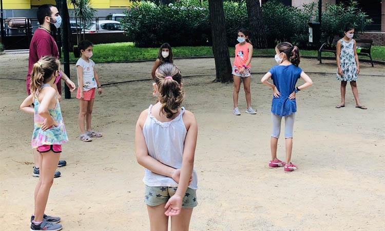 L'Ajuntament d'Esplugues ignora els casals locals, que omplen les places