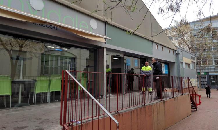 La Policia Local d'Esplugues tanca cinc establiments