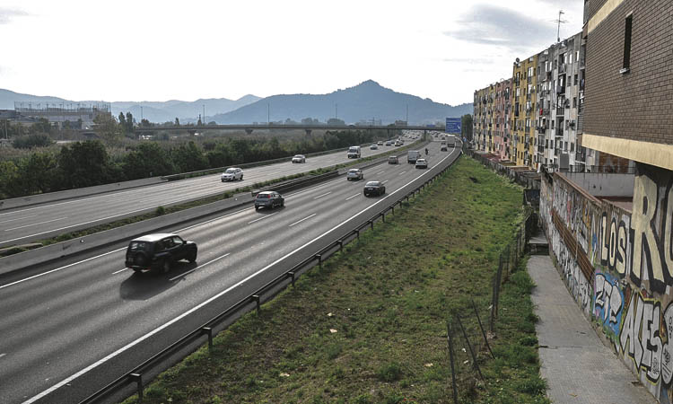 Ripollet aposta per soterrar l'autopista C-58