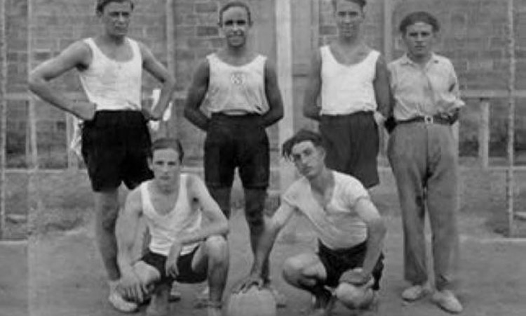 Nou dècades de bàsquet: 90 anys del CBRipollet