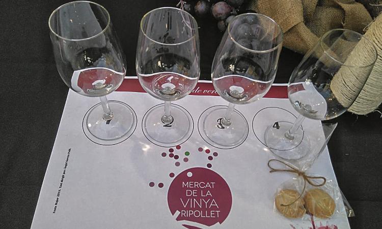 El Mercat de la Vinya arriba carregat de novetats a Ripollet