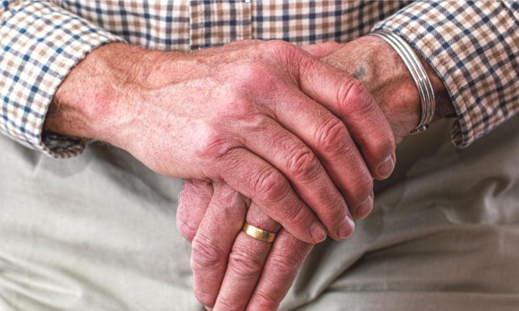 Ripollet reforça l'atenció a la gent gran durant l'estiu