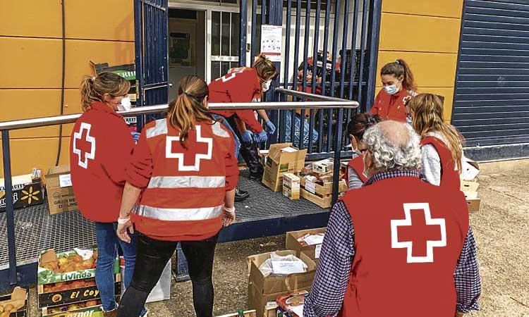 Es disparen les peticions d'aliments a la Creu Roja