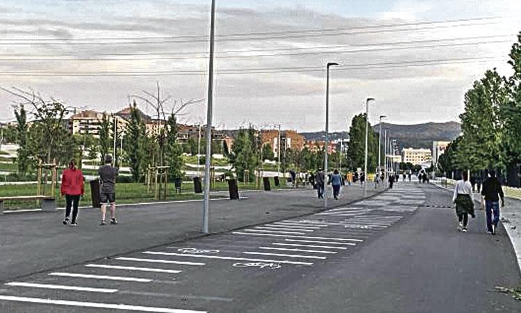 Ripollet talla carrers per facilitar el passeig