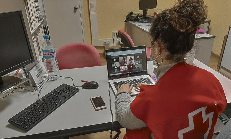 La Creu Roja dona formació a 500 persones nouvingudes