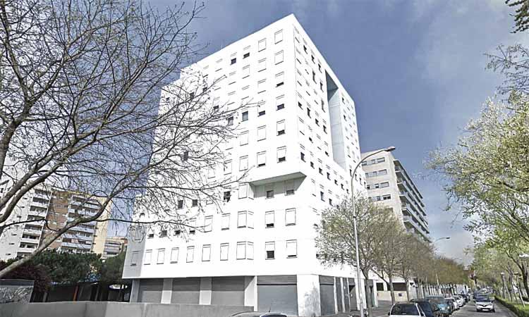 Segueixen els problemes a l'edifici de Santa Maria 213 de Barberà