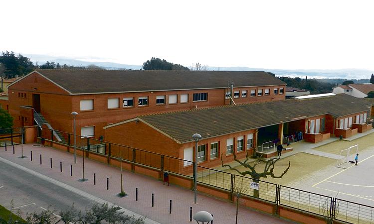 L'Ametlla sanciona l'empresa que neteja les escoles públiques