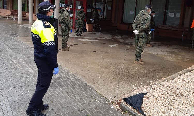 L'exèrcit arriba a Mollet per fer tasques de desinfecció