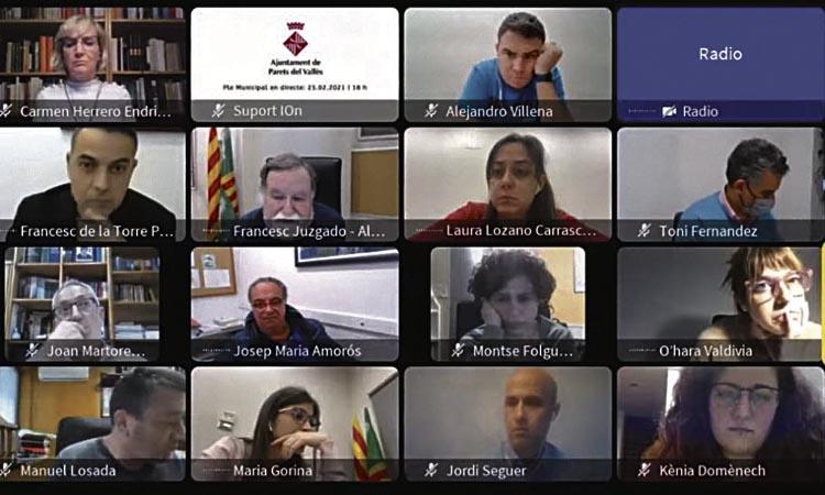 Primer Ple a Parets després de la moció de censura: segueix la tensió