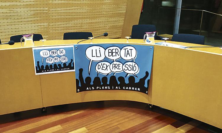 Front comú de diverses entitats per la participació als Plens de Mollet