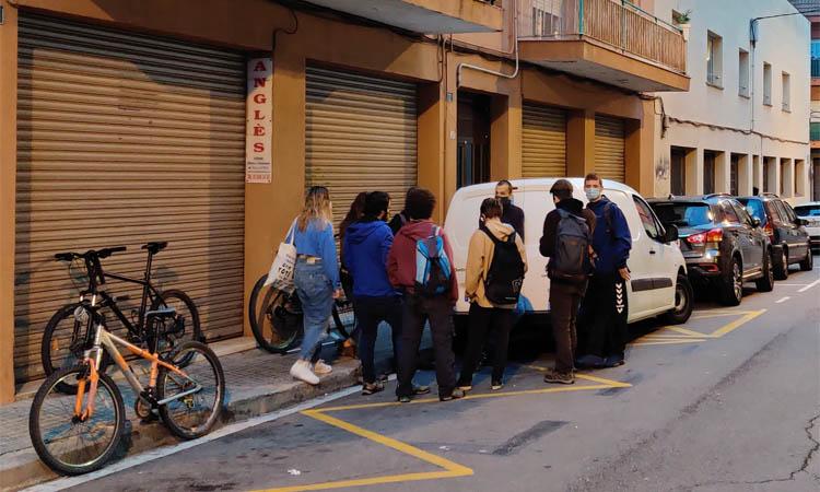 La PAH de Granollers celebra l'aturada del desnonament d'una família