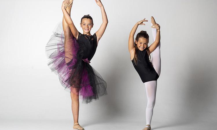Les martorellesenques Estela i Edurne Gómez, futures estrelles de la dansa