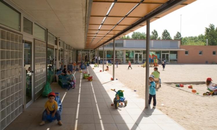 El coronavirus sacseja tres centres educatius del Vallès Oriental