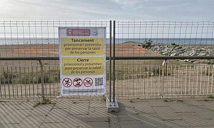 L'Ajuntament de Sant Adrià va trigar 11 dies a tancar la platja contaminada
