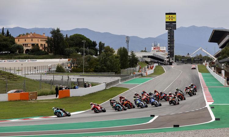 Les motos (i els aficionats) se citen de nou al Circuit de Montmeló
