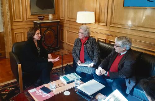 La situació del mercat immobiliari és una de les preocupacions que la Síndica ha exposat a l'alcaldessa Colau. Foto: Síndica de Greuges