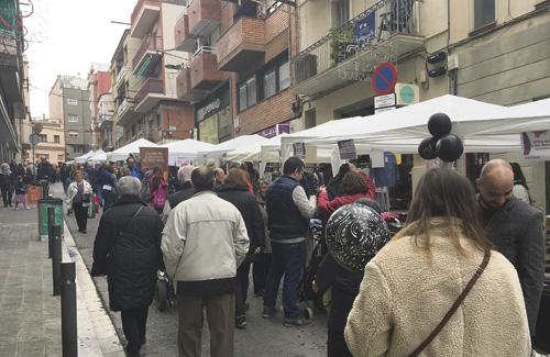 Les fires al carrer, un clàssic del comerç local. Foto: Cor d'Horta