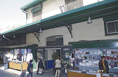 L'edifici del mercat data de l'any 1914. Foto: Mercats BCN