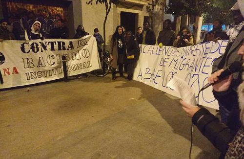 Imatge de la protesta de divendres passat. Foto: Twitter (@casaafricasuport)