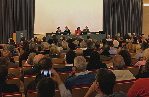 Una imatge de l'Audiència Pública d'ahir. Foto: Línia Sant Martí