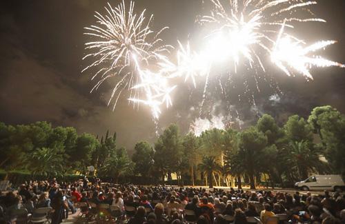Els focs artificials van tornar a tancar la Festa Major. Foto: Districte