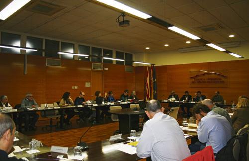 Un moment durant el Consell d'Alcaldes. Foto: Consell Comarcal