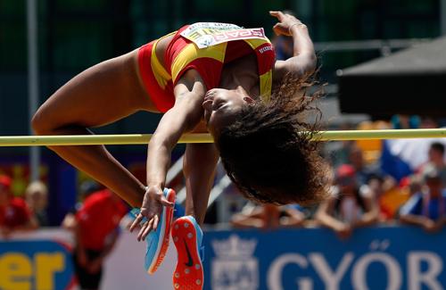 María Vicente destrossa el rècord mundial d'heptatló sub 18