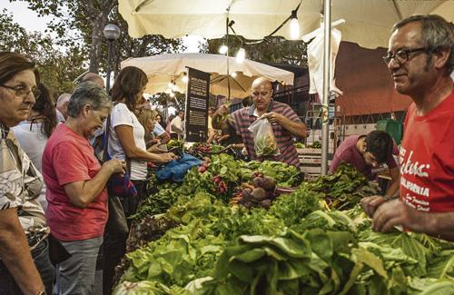 Els mercats de pagès del Baix Llobregat ofereixen productes del Parc Agrari. Foto: Parc Agrari