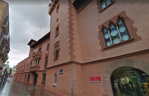 L'Ajuntament tindrà 65 milions d'euros de pressupost. Foto: Google Maps