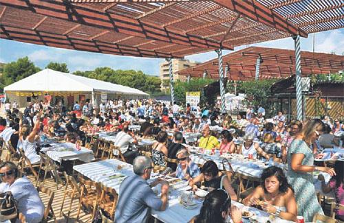 Visitants de la Mostra de Cuina. Foto: Comerç de Castelldefels